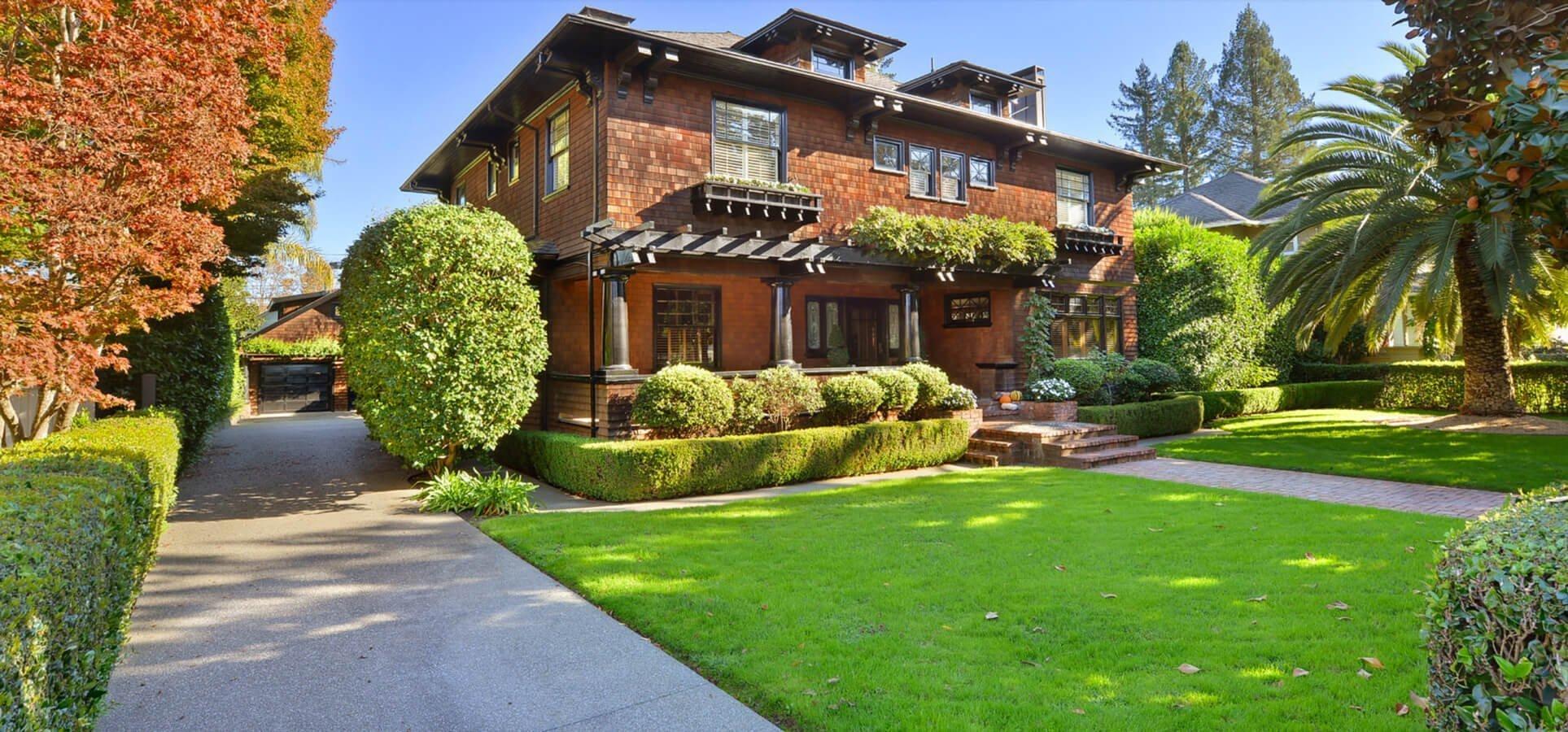 Renovated Historic Home in Santa Rosa Exterior Front