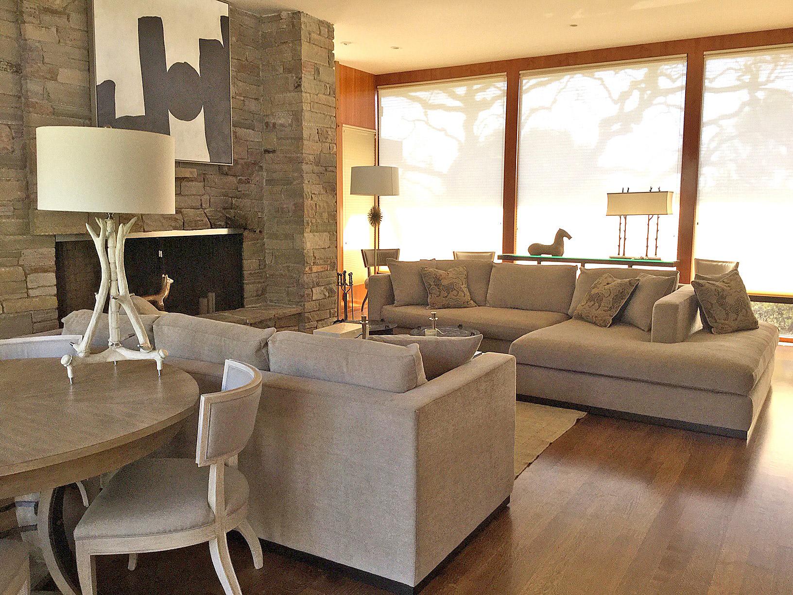 Bonavita Heights Home Living Room
